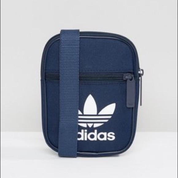 4bfc233015 adidas Originals Trefoil Flight Bag